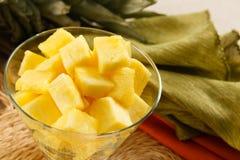 果子菠萝刷新的沙拉 库存图片