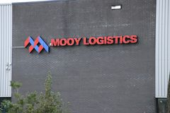 果子运输公司Mooy后勤学在瓦丁斯芬荷兰成为了破产 免版税库存图片