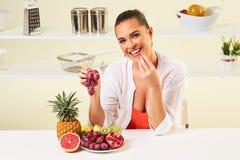 果子面包吃快餐健康健康饮食午餐减重 免版税库存照片