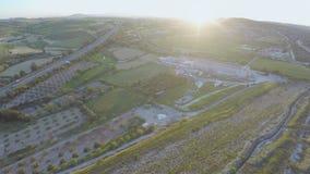 果子顶视图从事园艺,庄稼领域,惊人的绿色风景 空中全景 影视素材