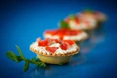 果子馅饼充满红色鱼 免版税图库摄影