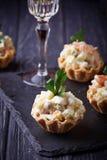 果子馅饼用俄国沙拉,欢乐开胃菜 图库摄影