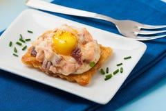 果子馅饼用火腿和鸡蛋 库存照片