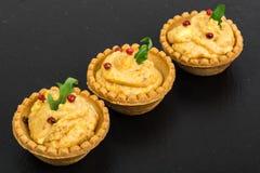 果子馅饼部分开胃菜与鱼酱的 免版税图库摄影