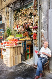 水果市场在那不勒斯的中心 免版税图库摄影