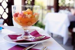 水果沙拉早餐 免版税库存照片