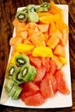 水果沙拉盛肉盘 库存图片