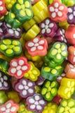 果糖五颜六色的胶粘的花糖果 免版税库存图片