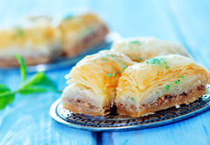 果仁蜜酥饼,土耳其点心 库存照片