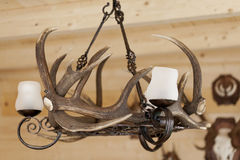 枝形吊灯由垫铁制成 库存照片