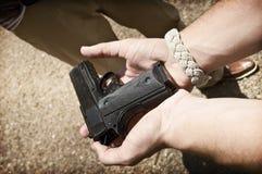 枪投降 图库摄影