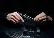 枪清洁 免版税库存图片