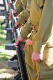 枪线路统一的战士 库存照片