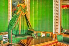 枫丹白露宫殿内部 皇帝` s小卧室 库存图片