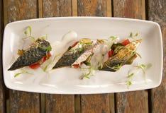 枯萎的鲭鱼沙拉 库存照片