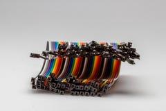 架线电子快速的原型的五颜六色的彩虹颜色导线 免版税库存图片