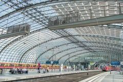 柏林中央火车站德国 库存图片