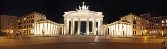 柏林勃兰登堡门全景 免版税库存照片