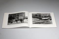 柏林围墙1961-1989书、东部和西柏林 图库摄影