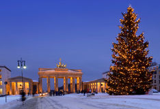 柏林圣诞节勃兰登堡门 免版税库存照片