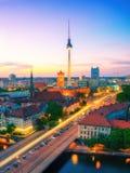 柏林地平线在晚上 免版税库存照片