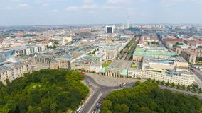 柏林地平线鸟瞰图从6月17日路,德国 免版税库存照片