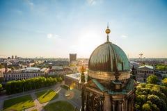 柏林夏天、柏林大教堂和Altes博物馆 库存图片