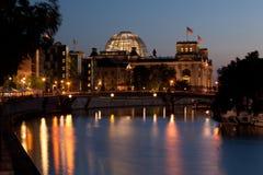 柏林夜间 库存照片