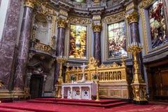 柏林大教堂的圆顶 免版税图库摄影