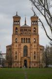 从柏林的老教会 库存照片
