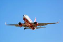 柏林航空在机场的航行器着陆 免版税库存图片