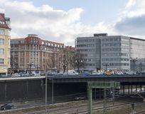 柏林都市风景有高速公路和铁路线的 免版税库存照片