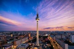 柏林,德国地平线有著名电视塔的 免版税图库摄影