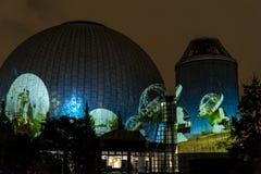 柏林,德国, 2013年10月9日:柏林光在天文馆,蔡司Großplanetarium的艺术节 免版税图库摄影