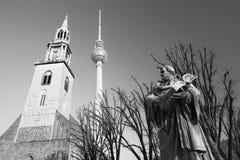 柏林,德国, 2017年2月- 13日:reformator马丁・路德staue在Marienkirche教会前面的 库存图片