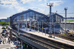 柏林,德国, 2016年5月10日,火车站Friedrichstrasse 库存照片