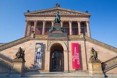柏林,德国, 2017年2月- 13日:老国家肖像馆新古典主义的大厦  库存图片