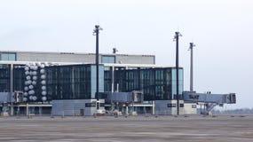 柏林,德国- 2015年1月17日, :柏林勃兰登堡机场误码率,建设中,空的机场主楼 图库摄影