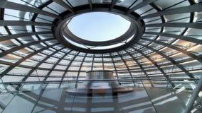 柏林,德国- 2014年1月26日:在Reichstag圆顶里面,德国联邦议会在柏林 库存照片