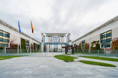 柏林,德国- 2012年9月25日:德国大臣官邸大厦在柏林 Reichskanzlei 免版税库存照片