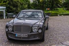 柏林- 2014年8月17日:实验驾驶事件的本特利Mulsanne汽车新闻工作者的 本特利Mulsanne是 库存图片