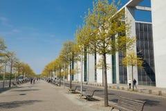 柏林/散步在Reichstag大厦附近 库存照片