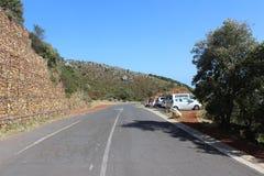 柏油路和停车场外部桌山国家公园在开普敦,南非外面 免版税库存照片