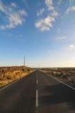 柏油路在沙漠 库存照片