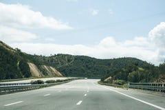 柏油路在葡萄牙 免版税库存照片