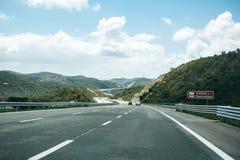 柏油路在葡萄牙 免版税图库摄影