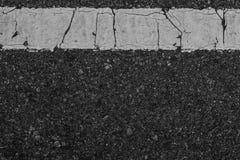 黑柏油路纹理线白色 库存图片