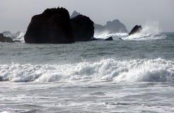 染黑海洋白色 免版税库存照片