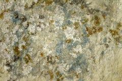 柔和曲调关闭了与白色和浅兰的条纹的历史的自然石灰石在西西里岛意大利 免版税图库摄影