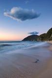 柔和的海早晨。 库存图片